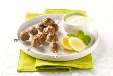 Spicy Turkey Kabobs with Tangy Yogurt Sauce