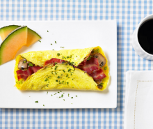 Turkey Bacon & Mushroom Omelet