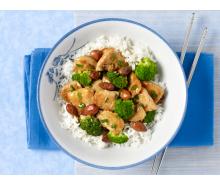 Turkey, Broccoli and Almond Stir-Fry