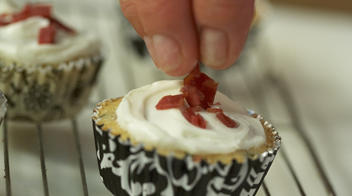 Turkey Bacon Breakfast Cupcakes