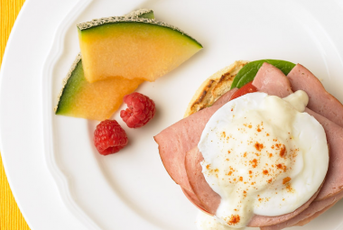 Turkey Ham Eggs Benedict