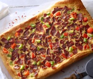 Turkey Breakfast Pizza