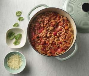 One-Pot Chicken Pasta Bolognese