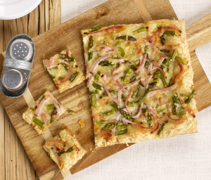 Asparagus & Cracked Pepper Turkey Flatbread
