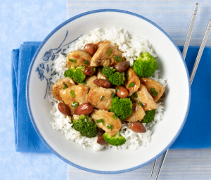 Turkey, Broccoli and Almond Stir-Fry