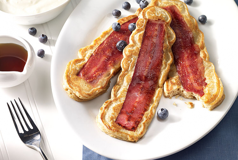 Turkey Bacon Pancakes | JENNIE-O® Turkey