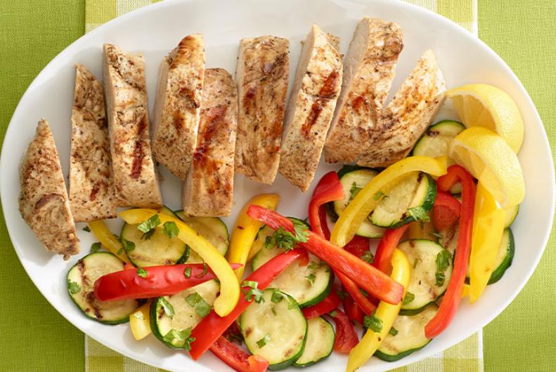 Grilled turkey tenderloin veggies jennie o turkey - Cenas saludables para bajar de peso ...